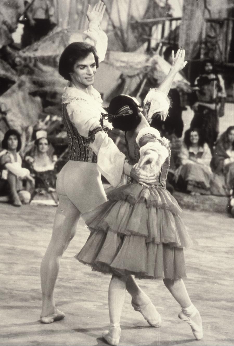 Rudolph Nuryev and Lucette Aldous in Don Quixote, 1973