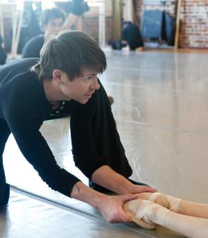 Roebert Dekkers rehearsing When in Doubt for Post:Ballet in 2012